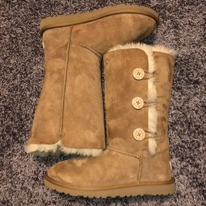 BAILEY BUTTON TRIPLET II BOOT- UGG Boots